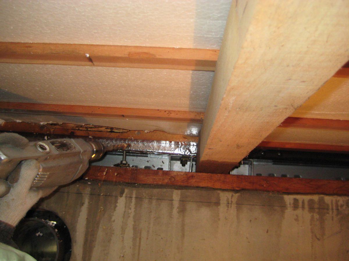 木材注入用 穴あけ施工